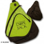backsling-bag-dopesak_blk-neonGrn
